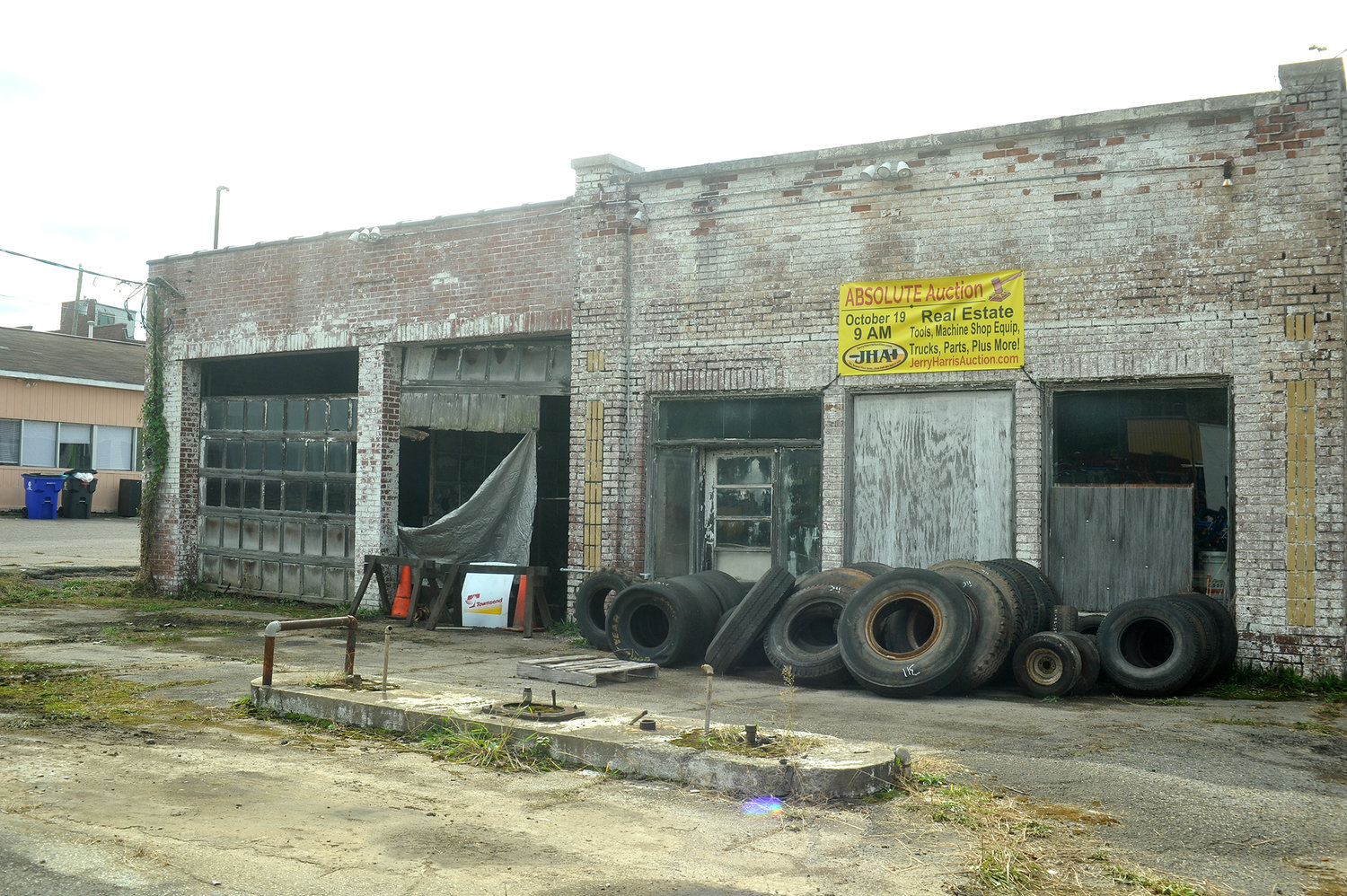 An absolute auction was held last Saturday at the old S&W Speed Shop on N. Second Avenue in Siler City. Former owner Bobby Smith, an avid drag-racer, also offered car repairs at his shop. The building, parts and tools were all sold to the highest bidder.