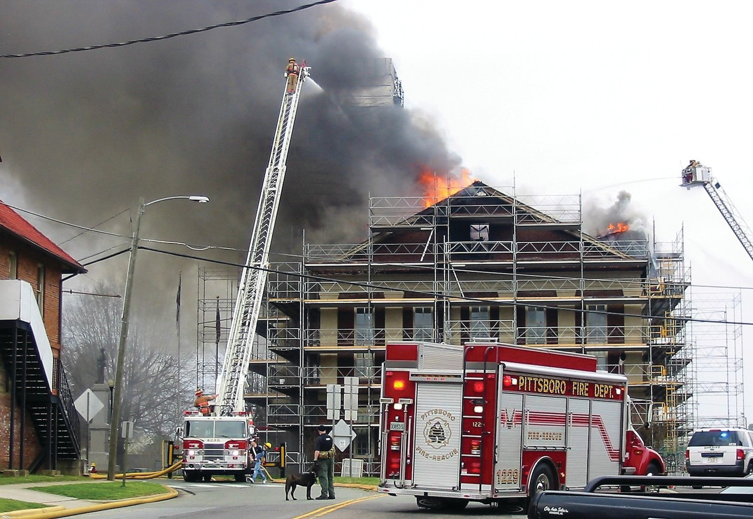 Firefighters were on the scene soon after the courthouse caught fire around 4:30 p.m. They would fight through the evening and into the next morning before it was contained.