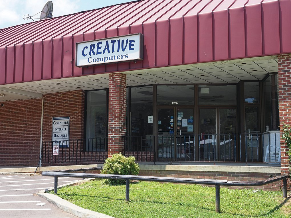 The Creative Computers storefront at 502 West Raleigh St. in Siler City.