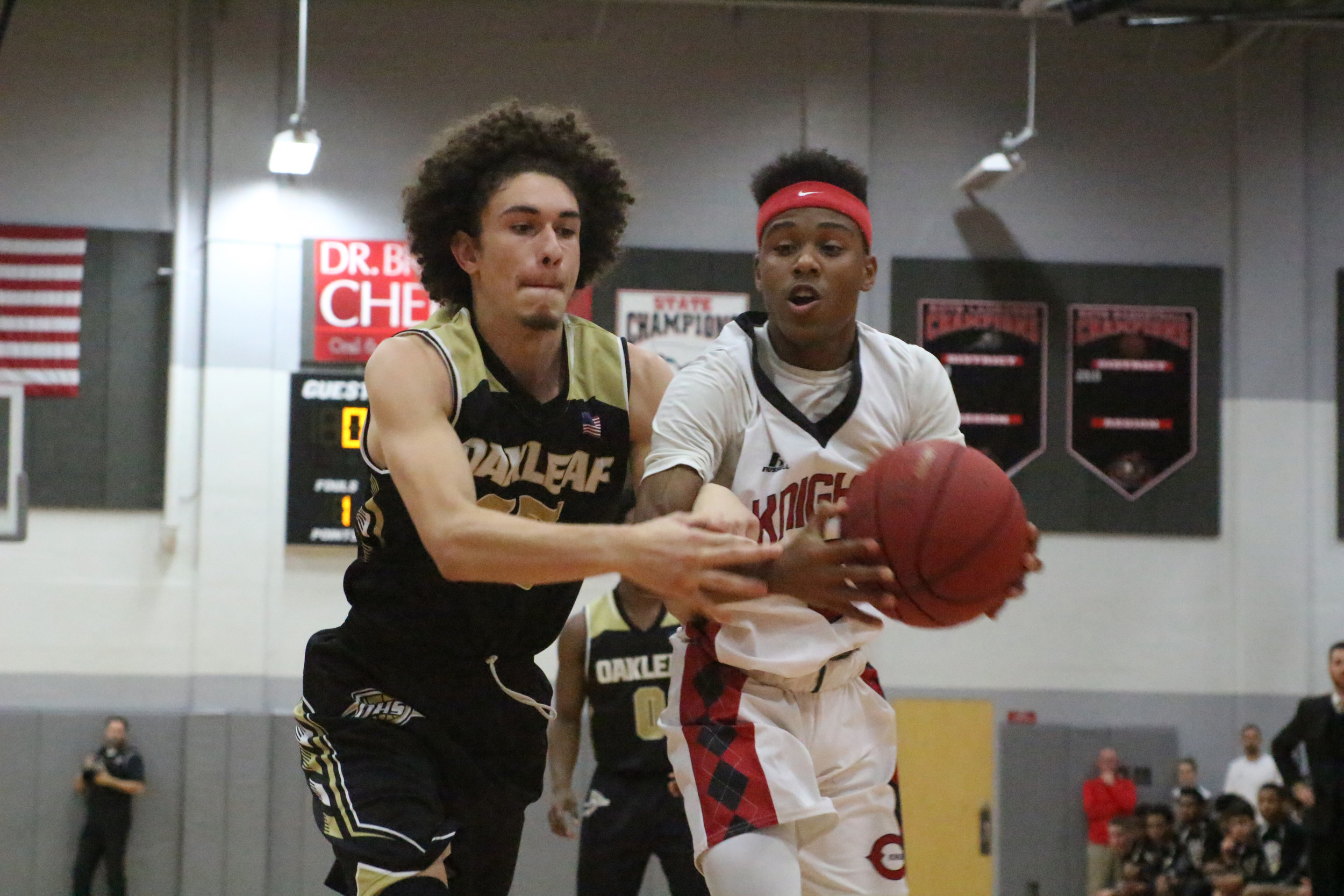 Oakleaf High forward Brandon Aponte came in as a key sixth man for the Knights and came up with big plays late in the second half.