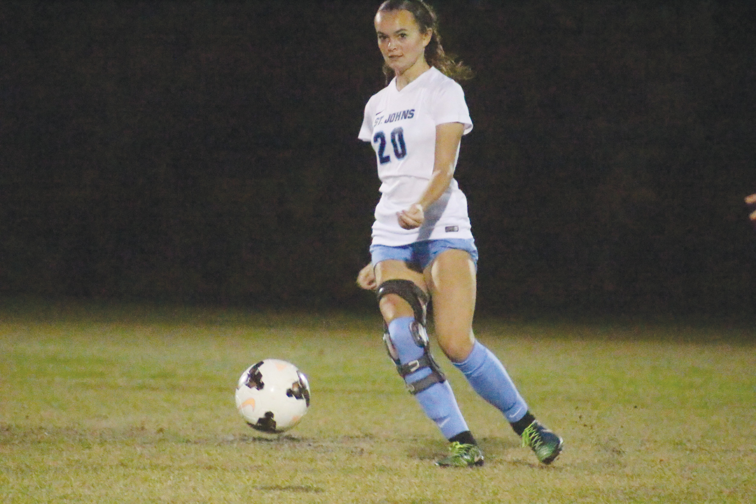 St. Johns Country Day School midfielder Abby Newton has returned from a knee injury to give the Lady Spartans more firepower for a fifth straight Class 1A title for coach Mike Pickett.