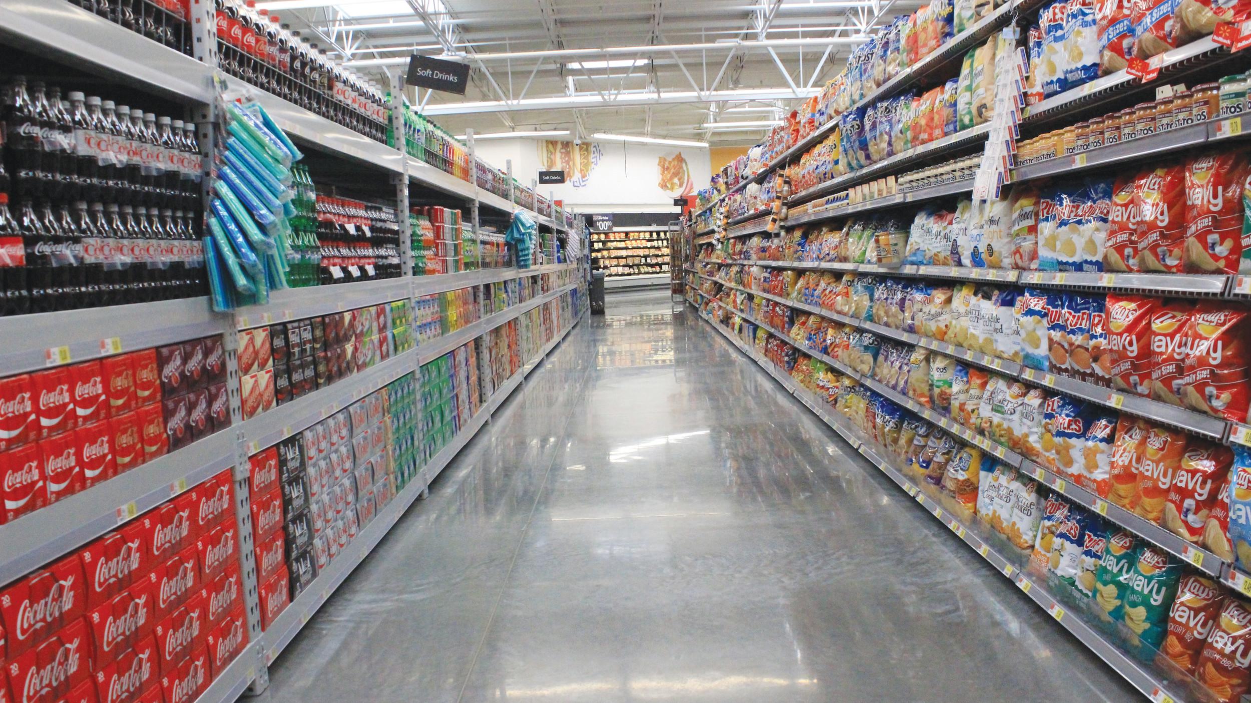 New Walmart opens its doors to Oakleaf