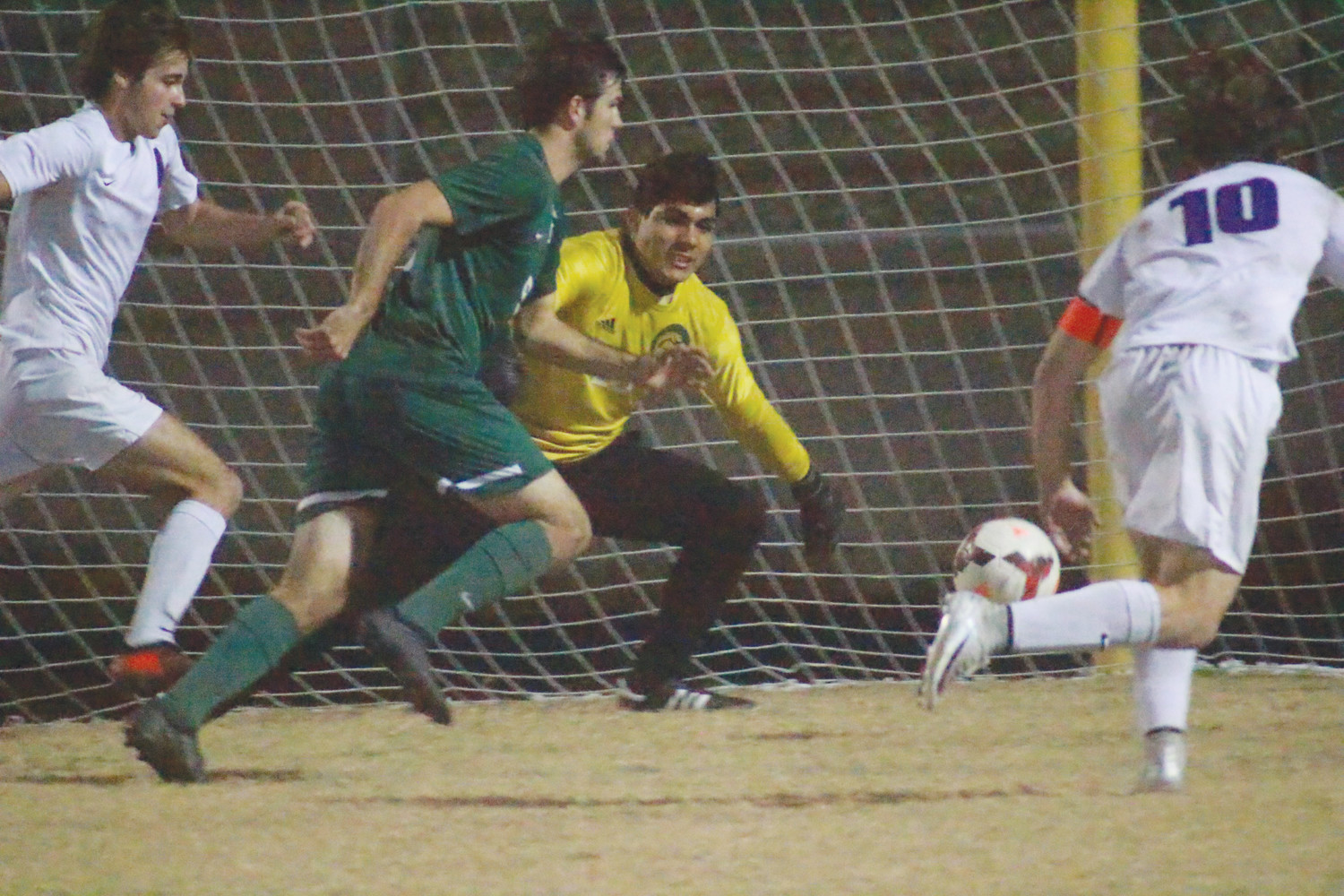 Staff photos by Randy Lefko