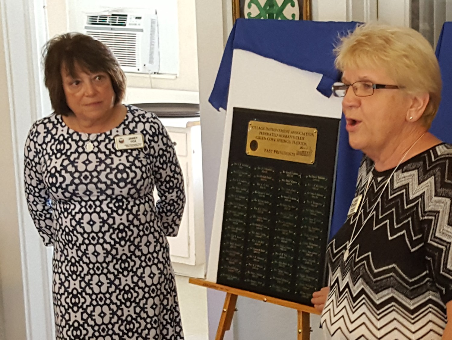 Left to Right: Vice President Janey Fox and President Theresa Crockett unveil a commemorative plaque honoring the past presidents of VIA.