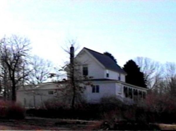 0151 Concord Avenue, Prudence Island (photo from Portsmouth Tax Assessor website)
