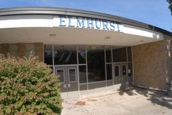 Under the Aquidneck Land Trust's offer to the town, the Elmhurst School building would be torn down to make way for a public park.