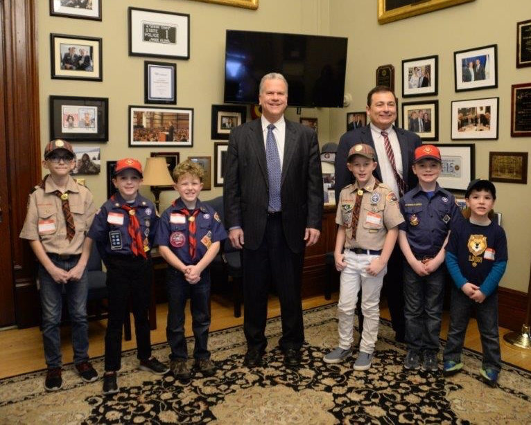 Speaker Nicholas Mattiello and Majority Leader Joseph Shekarchi with members of Pack 1 Warwick and Pack 6 Cranston.