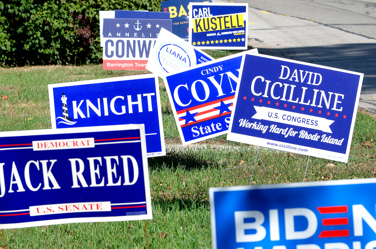 In years past, Barrington's Republican and Democratic town committees held an agreement banning the use of political lawn signs. That agreement fell by the side of the road a few years ago.