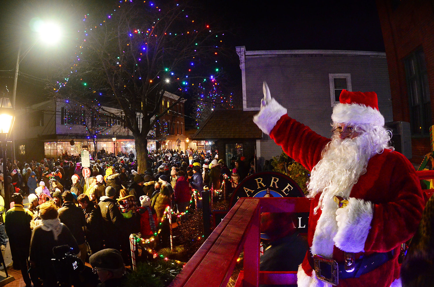 The Warren Holiday Festival usually draws thousands downtown for the annual lighting the last Friday of November. This year, things will look a good bit different but don't worry: Santa is still coming.