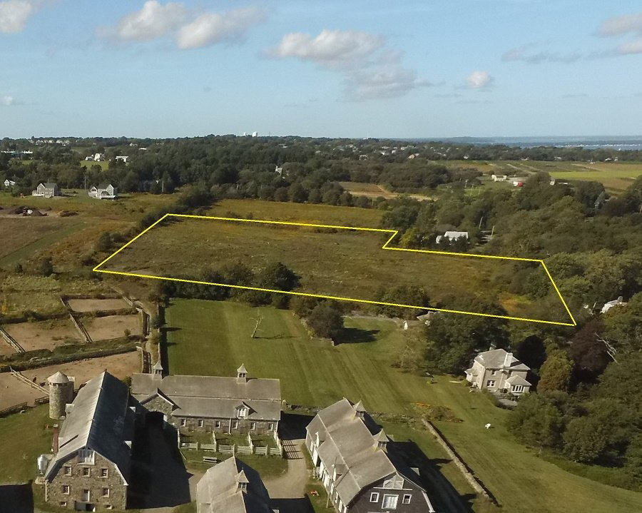 This drone photograph shows the boundaries (in yellow) of the Glen Farm property the Aquidneck Land Trust is trying to preserve. Glen Farm Stables are in the foreground.