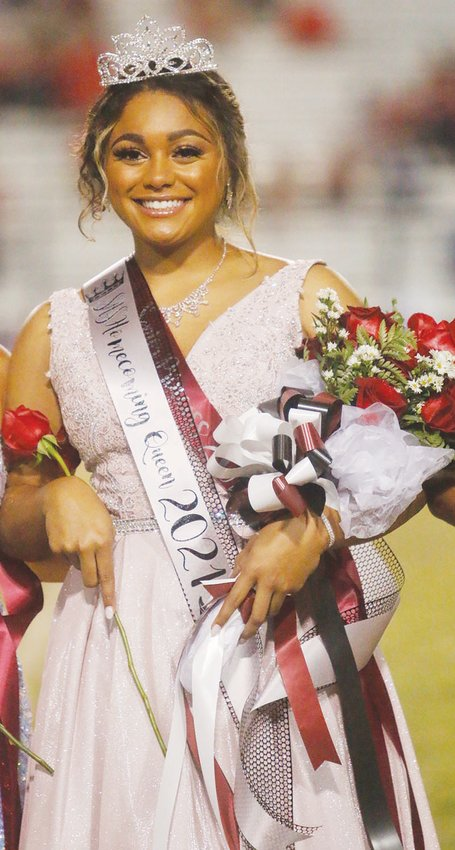 Silsbee High School senior Jaidyn Lewis was crowned as 2021 homecoming queen during the halftime ceremonies of the Silsbeee-Bridge City football game on Oct. 15.