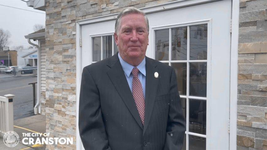 Mayor Ken Hopkins