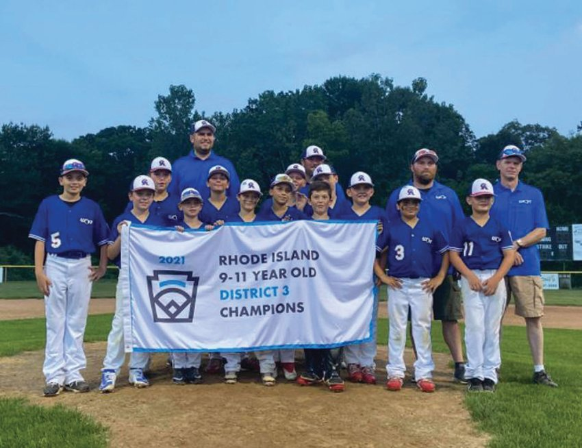 DISTRICT CHAMPS: The Warwick Continental American 11's (that won District I championships last week.