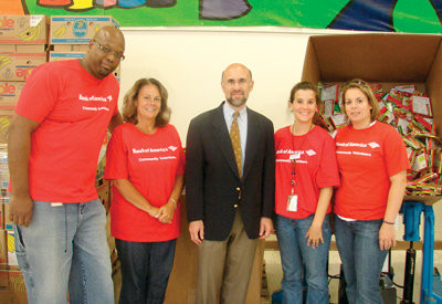 Bank of America lends a hand to Food Bank   Cranston Herald