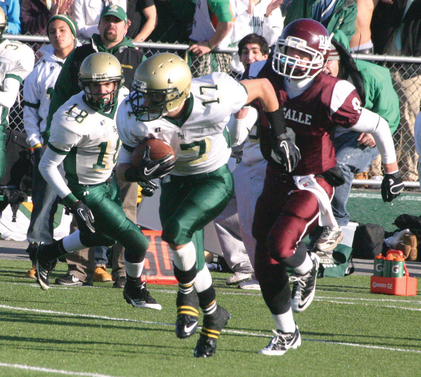 Aaron Webb breaks loose on an interception return.