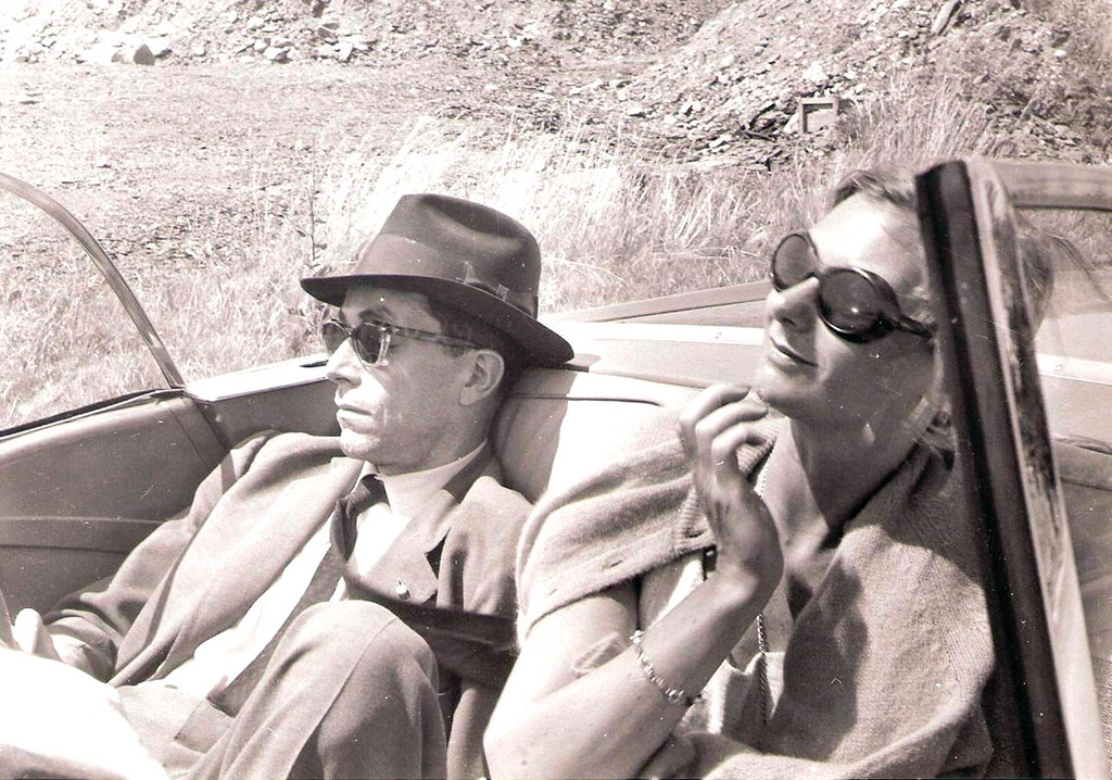 During the busy primary campaign in the summer of 1960, Pell and Nuala stopped for a break from the action.