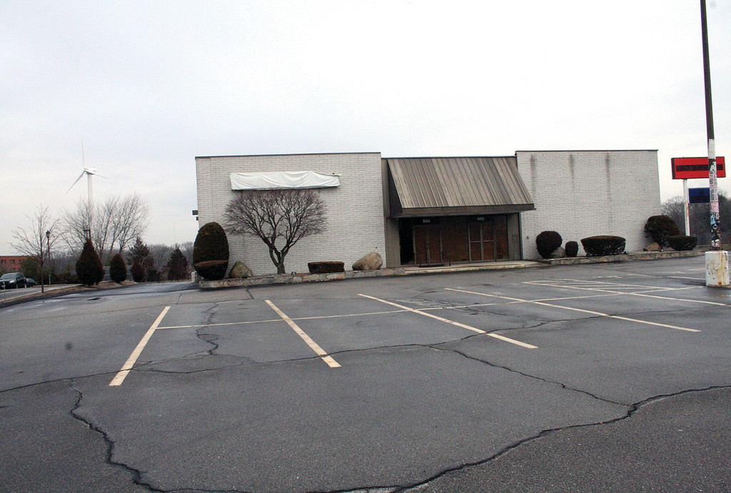 NEW HOME FOR SCOUTS: The former Ski Market at 500 Greenwich Avenue in Warwick will be the new headquarters for the Girl Scouts of Rhode Island (GSRI). Currently, the headquarters is located in Providence, but GSRI hope to be moved in to the Warwick space by late 2012.
