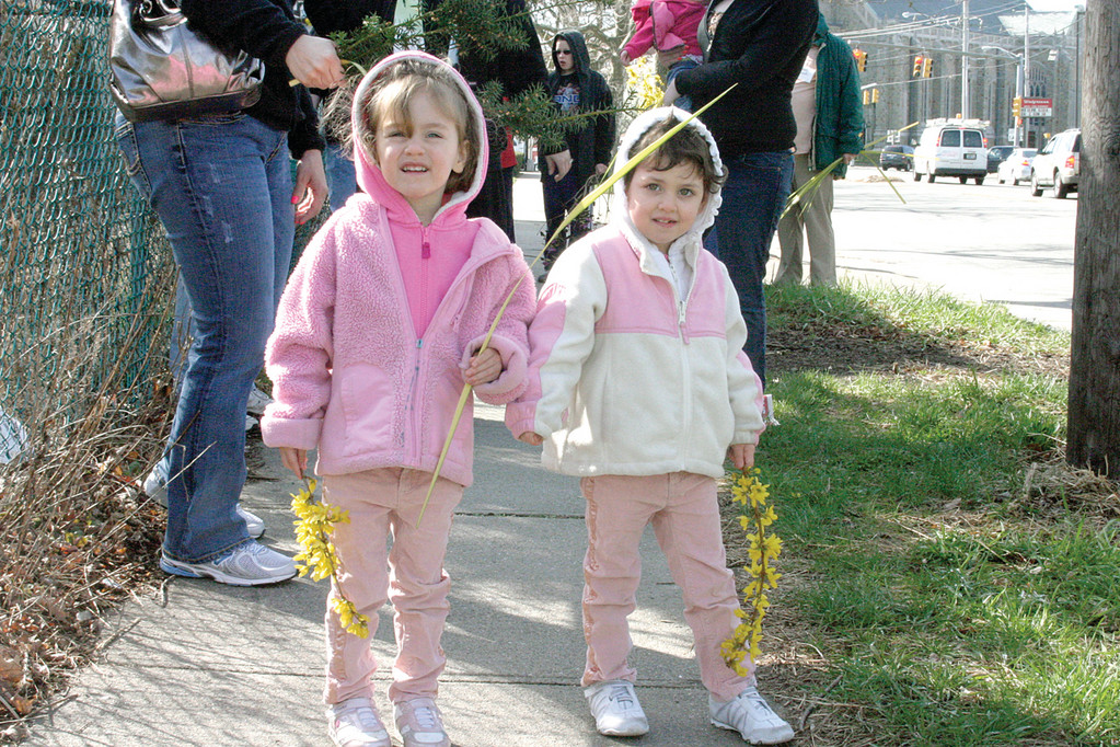 TWIN HOODIES: Three-year-old twin sister Julia and Evelyn David took part in the event.