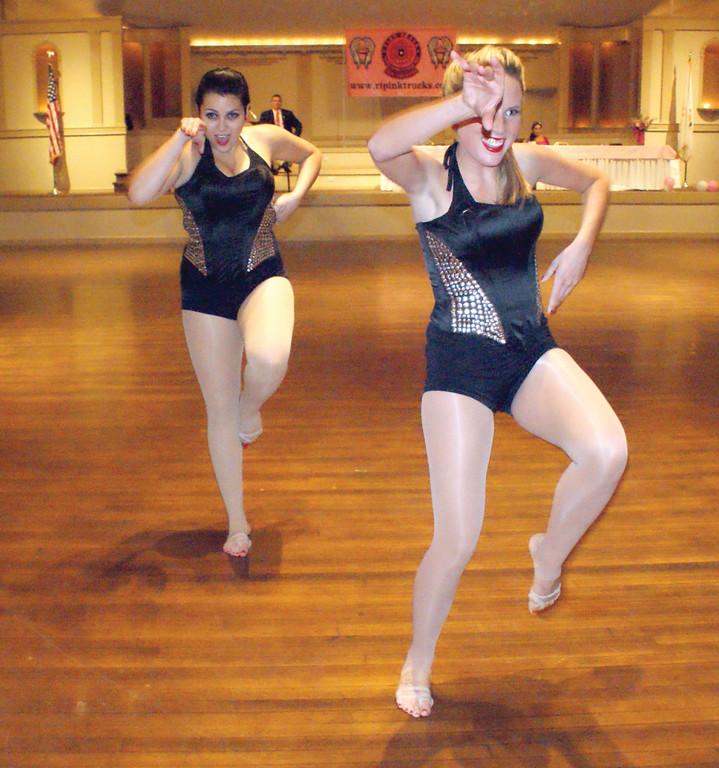 Dance competition raises $5K for Pink Heals   Johnston Sun Rise