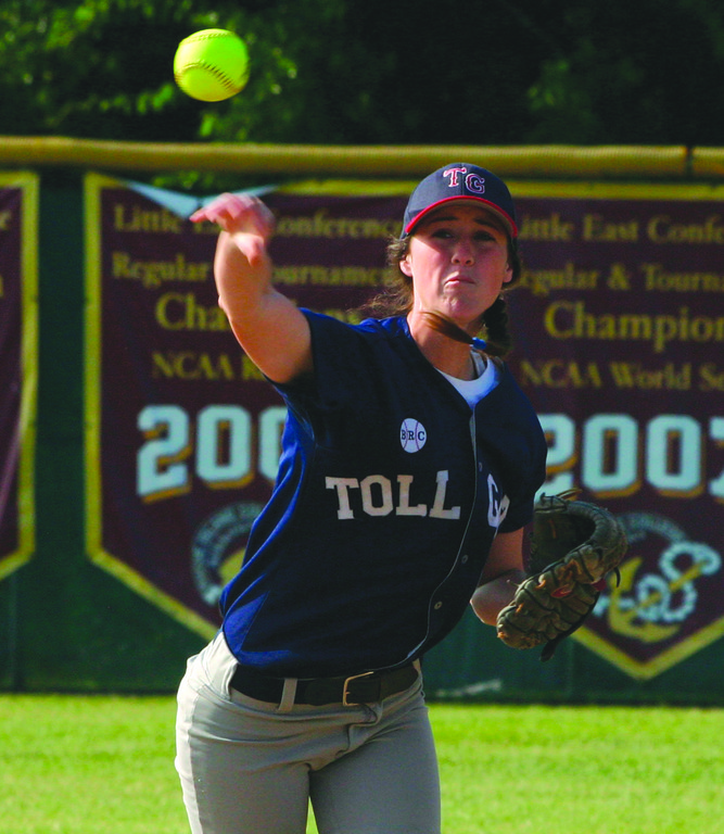 Kaylyn Dion makes a throw from shortstop.