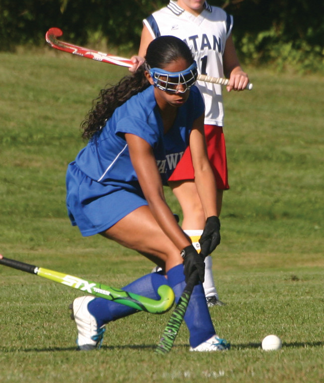 ON THE MOVE: Vets' Lexy Santos-Smith looks to move the ball down the field.