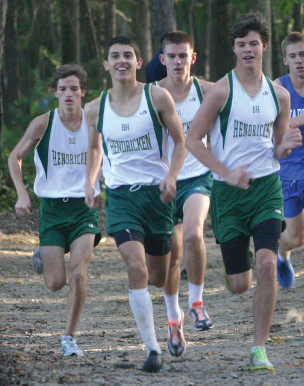 Hendricken's top few runners get out to a lead.