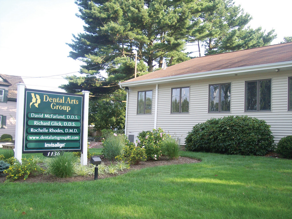 Come to Dental Arts Group, a welcoming and professional family practice on Hartford Avenue.