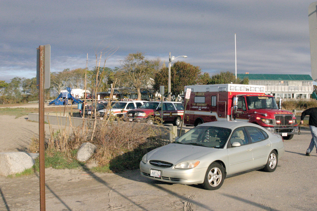 FALSE ALARM: After T.F. Green Airport reported that a control tower lost track of a blip on radar at about 300 feet, a two-and-a-half-hour search of the Bay Thursday indicated there was no evidence of a plane crash, which was confirmed by the FAA.