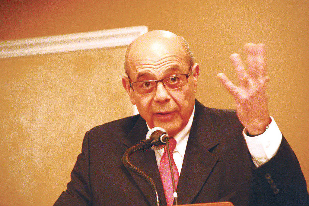 RI NEEDS A VISION: Buddy Cianci addressed Warwick Rotarians last Thursday.