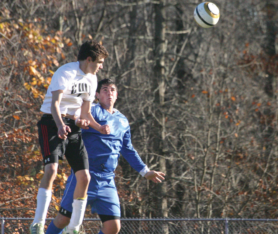 Brad Robert tries to make a play on an EWG header.
