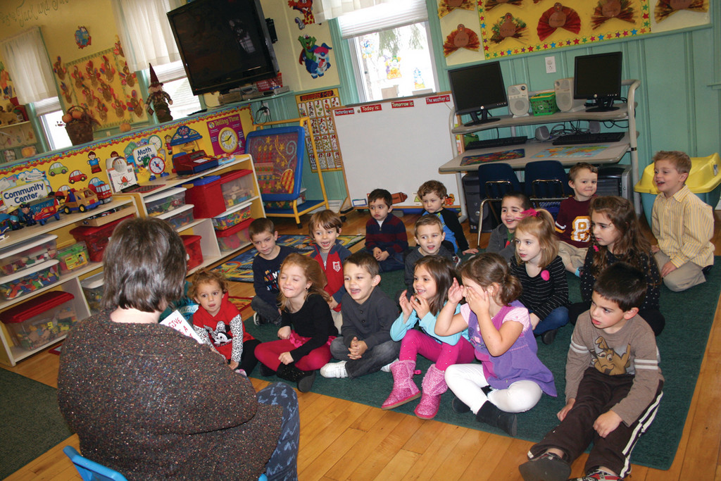 Children�s Associate Michelle Greenwood from the Mohr Library reads to the class.