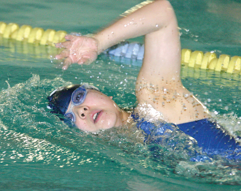 GLIDING: Nina Yu competes in the 200 free.