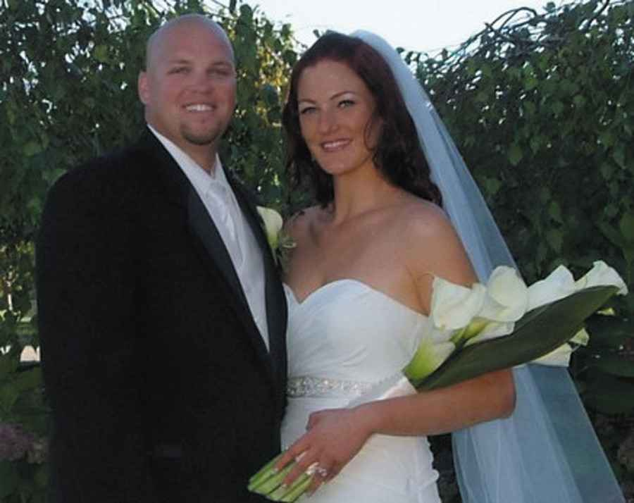 Mr. & MRS. KEVIN GENDREAU