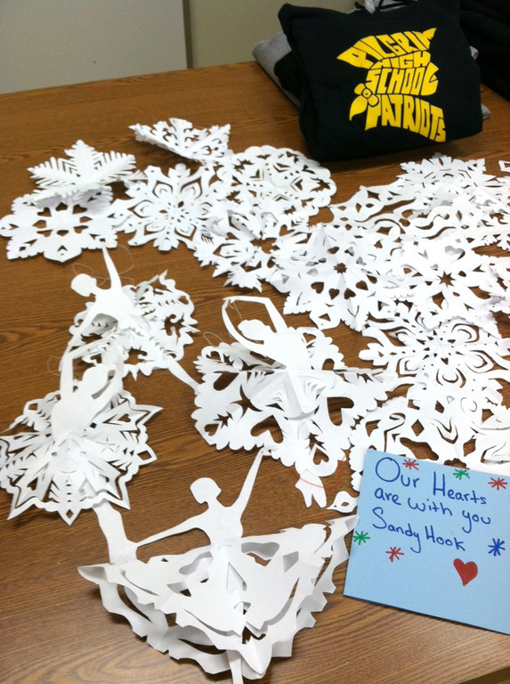 UNIQUE: Snowflakes created by Pilgrim students were sent to Sandy Hook School.