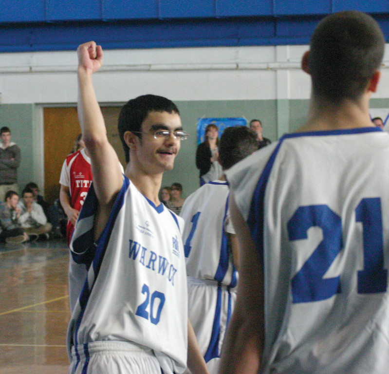 Vets� Zach Farrow responds after a big ovation for the first shot he made of the day.