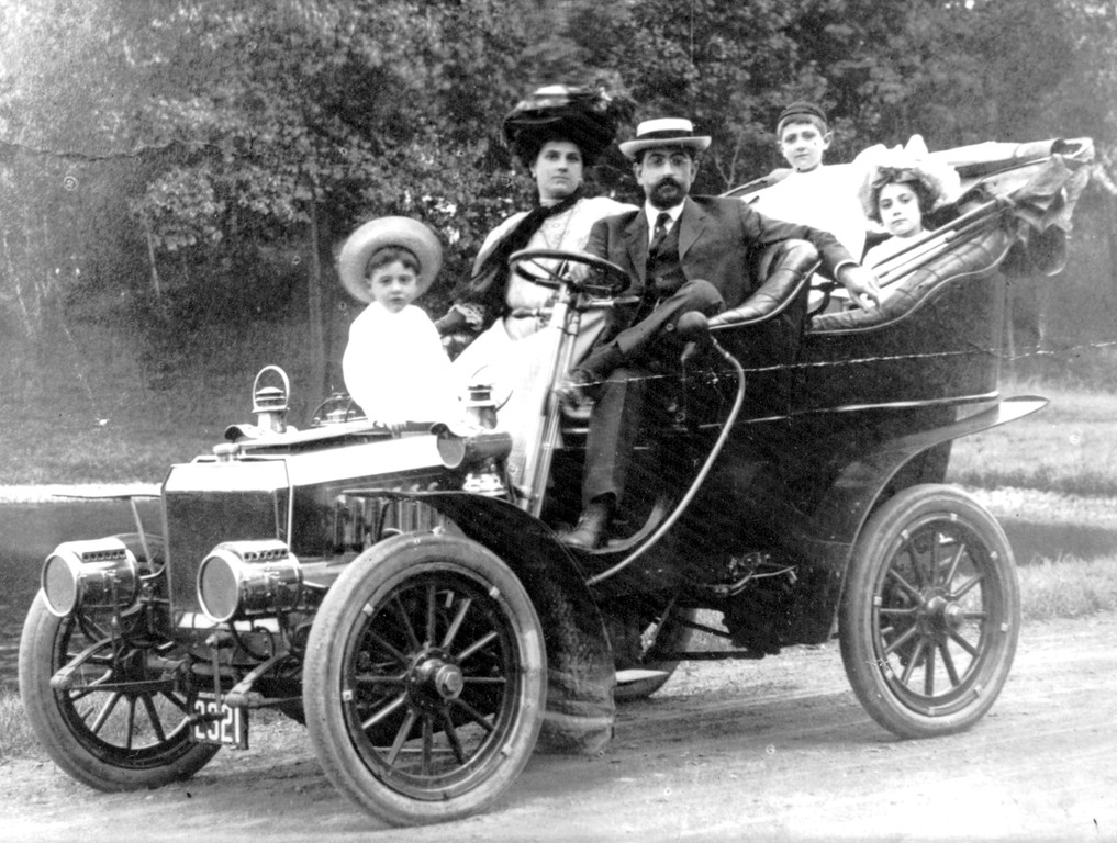 Not every Italian American had to wait generations to enjoy the fruits of opportunity in America. By 1909, Dr. Luigi Maiello was able to support his large family and drive around them in a beautifully ostentatious automobile.