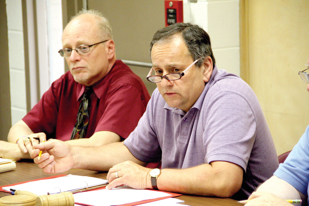 BACK AT IT: Dennis Mullen, director of secondary schools, and Superintendent Richard D'Agostino look for input as the school facilities committee embarks on drafting a plan for the future of Warwick Schools.