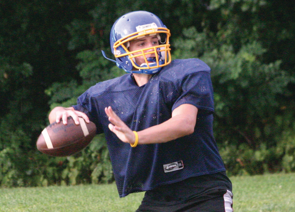 AIR IT OUT: Vets quarterback Jessie Sedoma drops back to pass during practice last week.