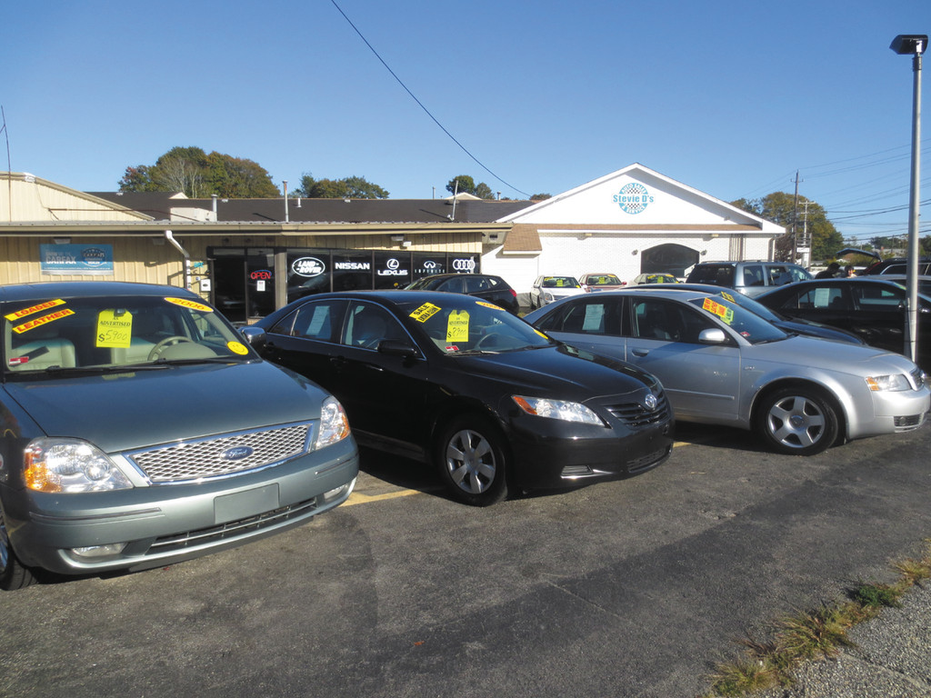 Check out this 2006 Ford Five Hundred and 2009 Toyota Camry - waiting for you at Stevie D's Auto Sales & Service's dealership on Oakland Beach Avenue.