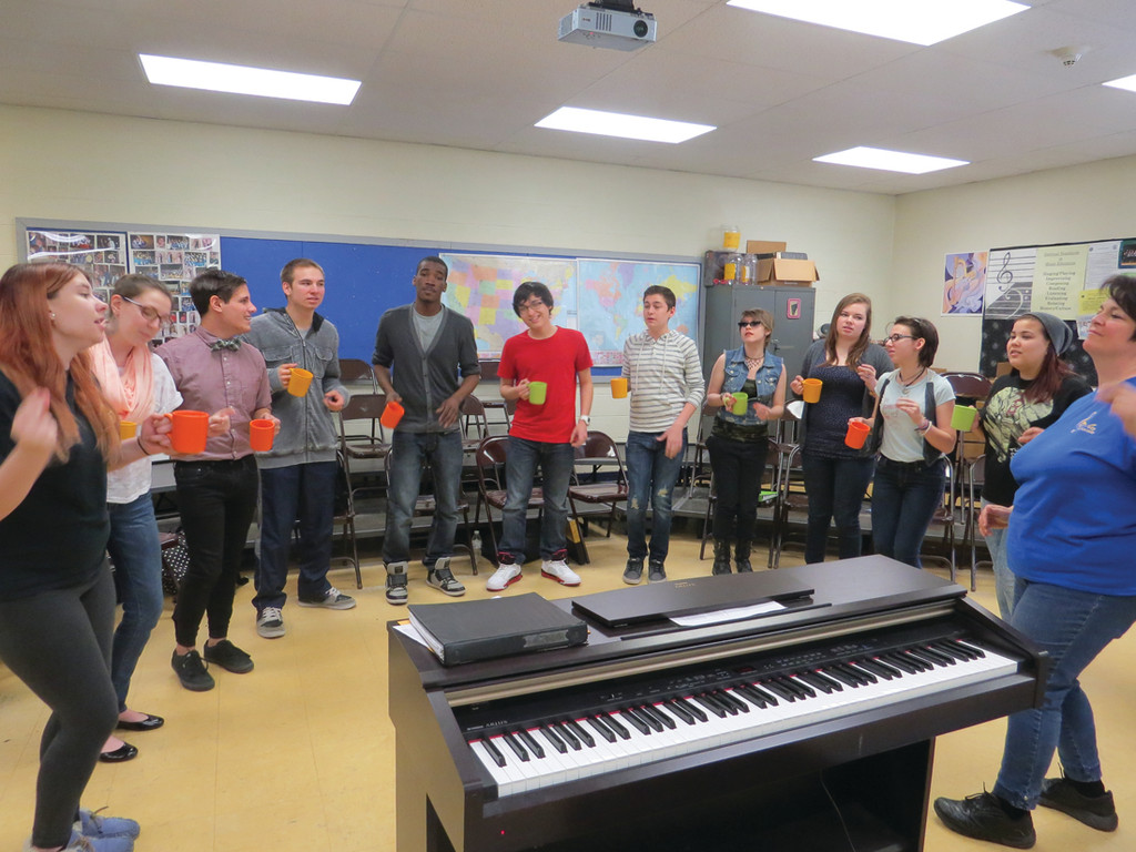 VICTORIOUS VOICES: The Jazz Chorus from Warwick Veterans Memorial High School were the winner�s of this year�s Cardi�s Furniture, Cat Country 98.1 and NBC 10 Southern New England Sing Off, winning $1,000 to be put towards the program.