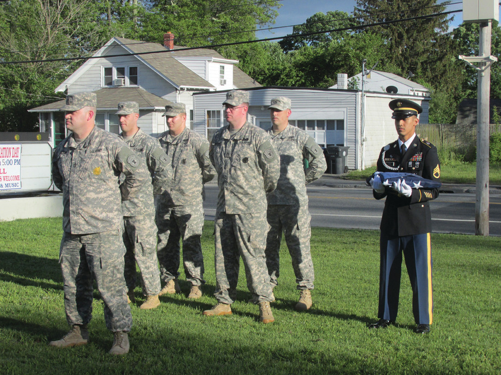COLOR GUARD: This is the United States Army color guard from the Warwick-based recruiting office that participated in last Friday�s Veterans Appreciation Day flag pole dedication and flag raising ceremony at the Tri-City Elks Lodge No. 14 in Warwick.