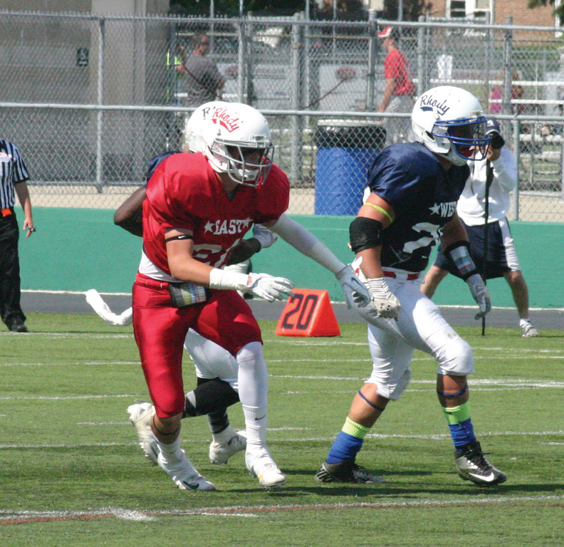 SEPARATION: Former Hendricken player John Larkin tries to get open during the Rhode Island all-star game Saturday.