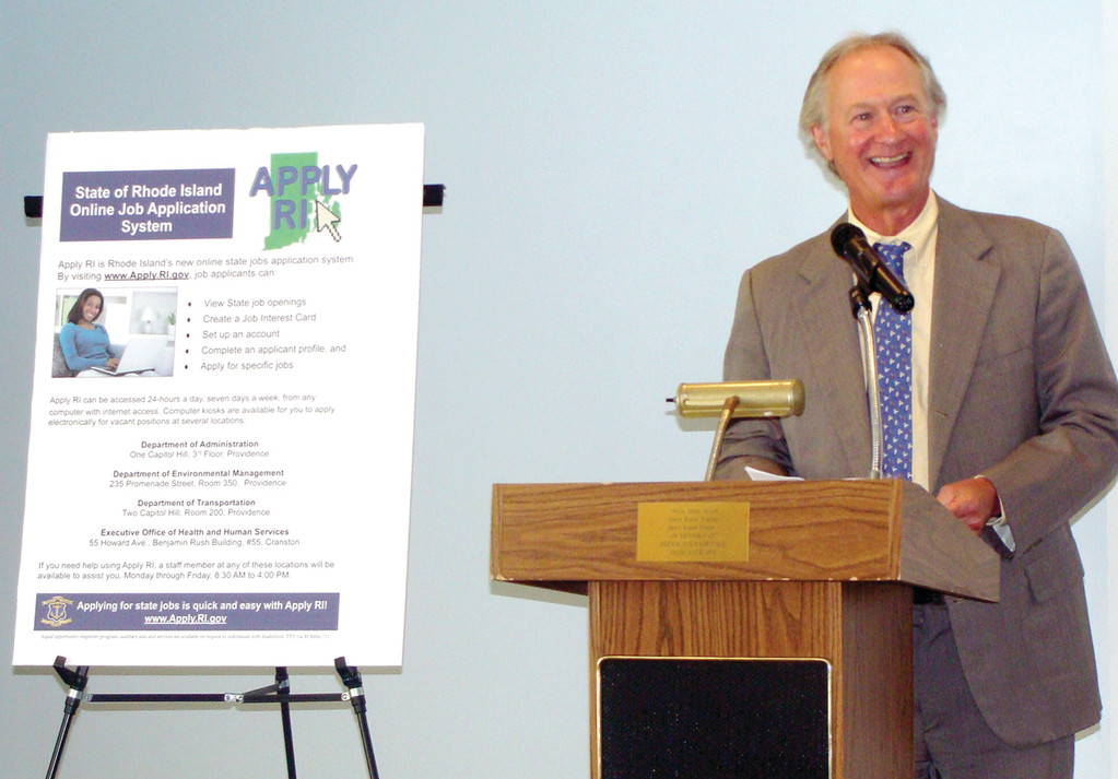 MAKING IT EASY: Governor Chafee came home to Warwick yesterday to announce the Apply RI program.