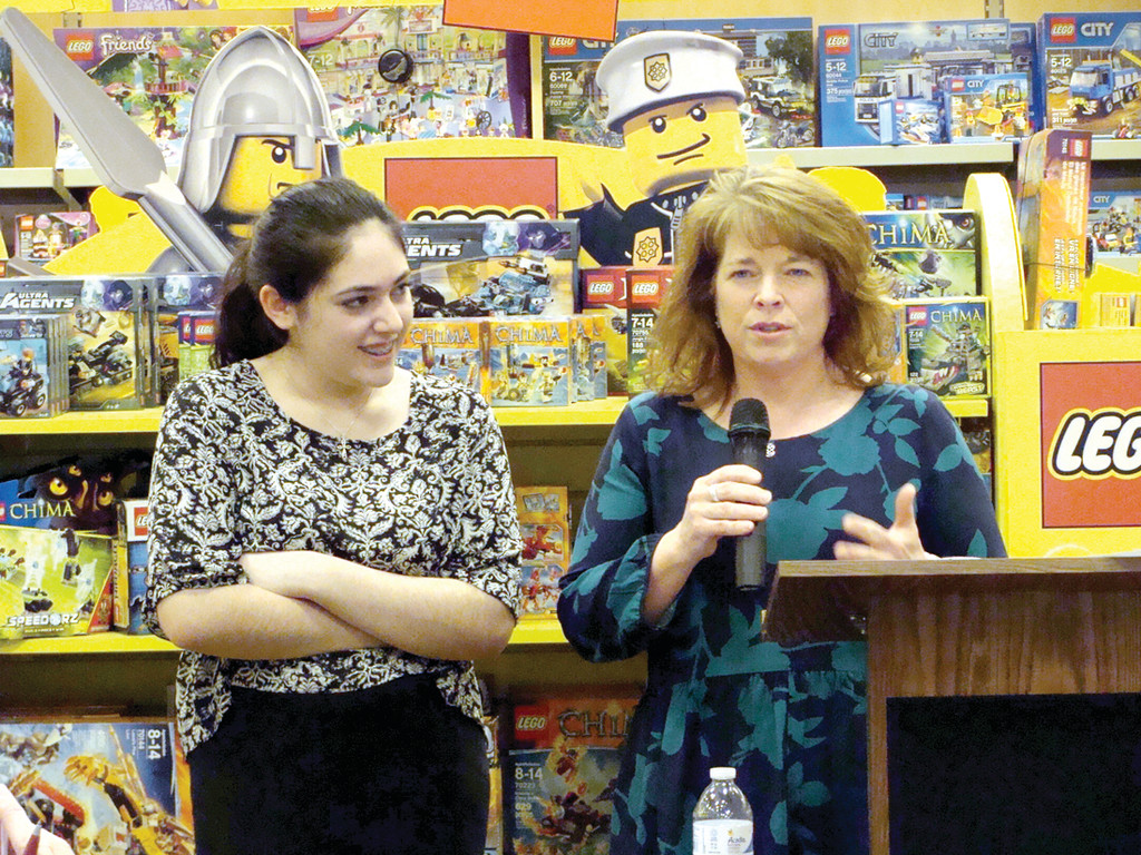 """barnes and noble essay contest teachers Barnes & noble, 150 granite st, braintree, is accepting entries for the 2017 """"my favorite teacher contest""""for the past seven years, the contest has."""