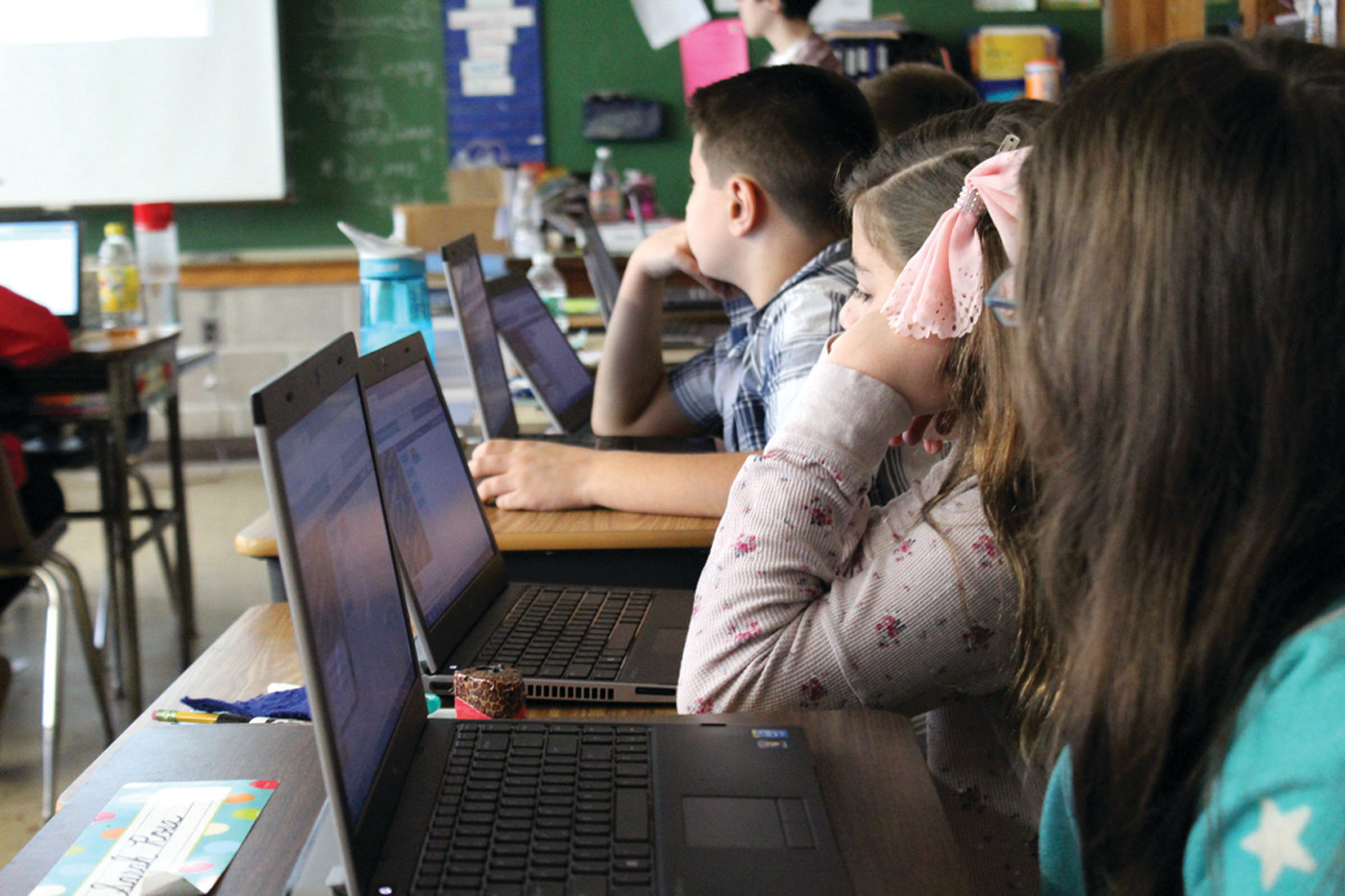 Hour of Code: Students teaching students | Cranston Herald