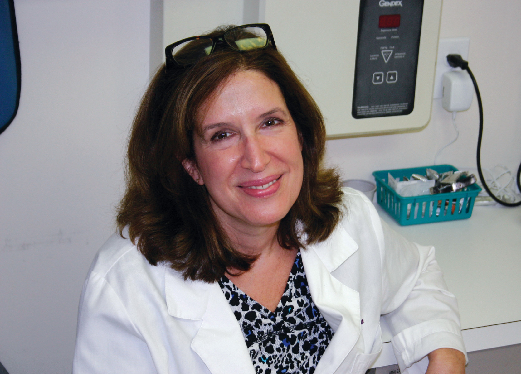 Meet Dr. Elisa Liberto, DMD, a family dentist for over 26 years who welcomes new patients to her practice on Jefferson Boulevard ~ get your new year off to a great start with a cleaning and a whitening treatment!