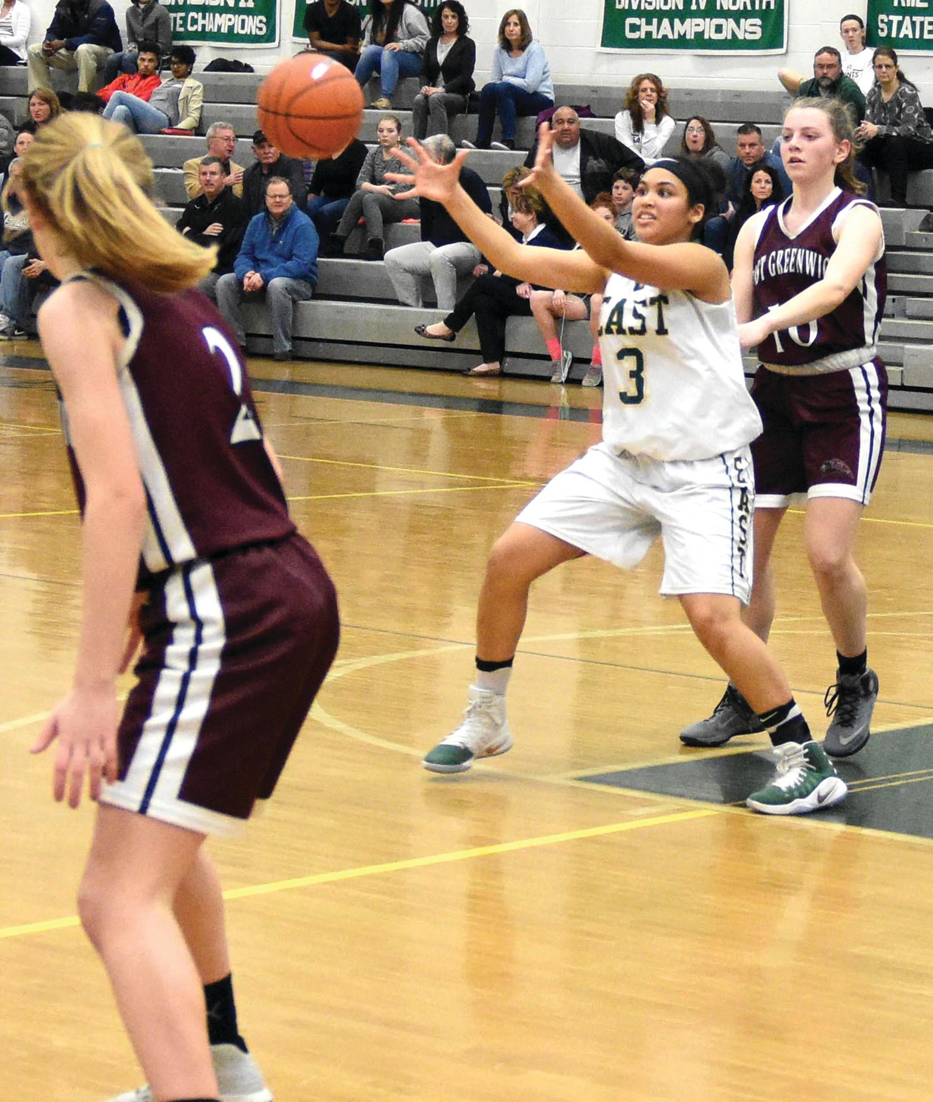 Tatyana Correia receives a pass near the free throw line on Friday night.