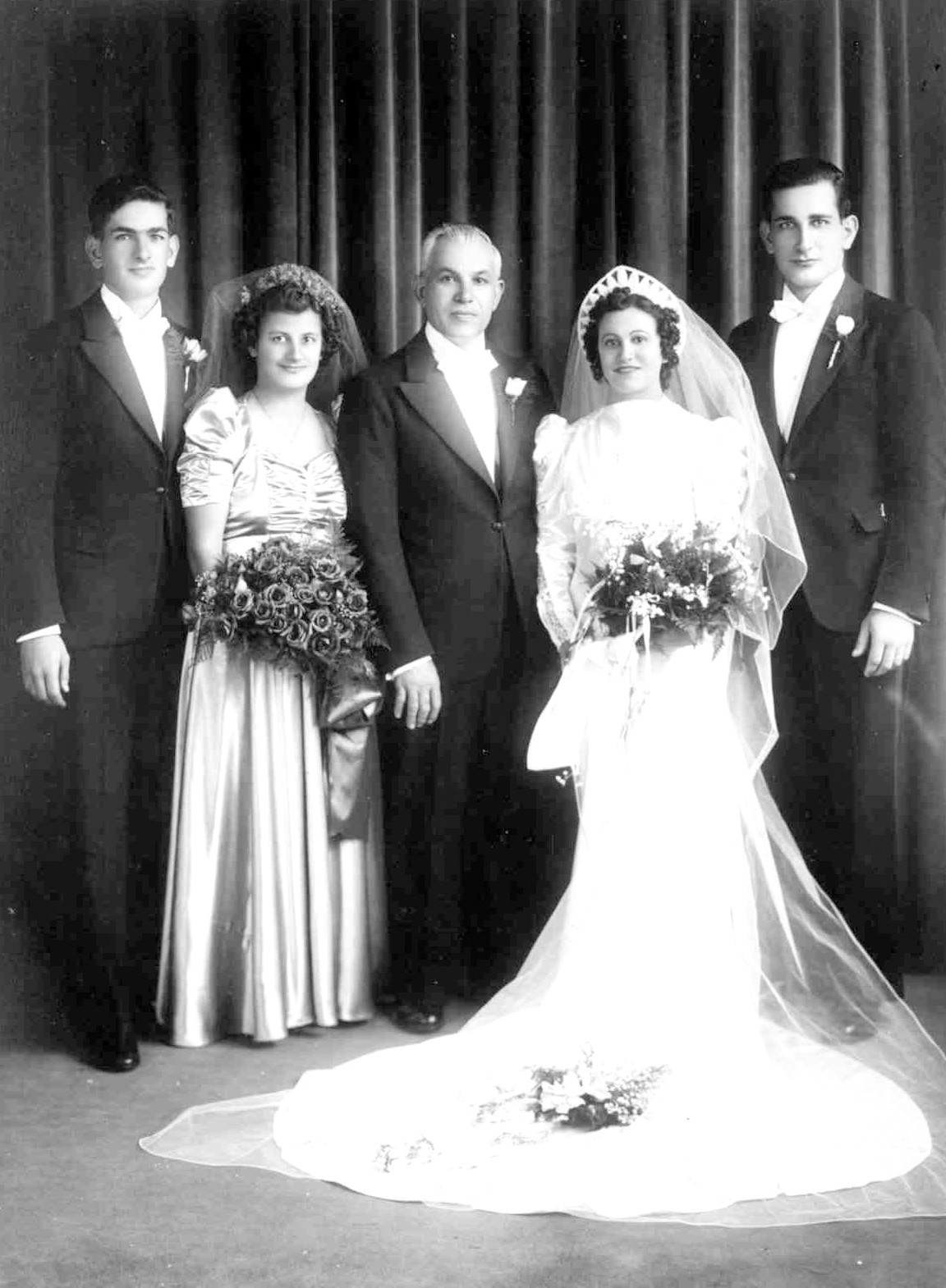 WEDDING PARTY: Agnes and Michael and members of their wedding party. The couple was married in 1940.