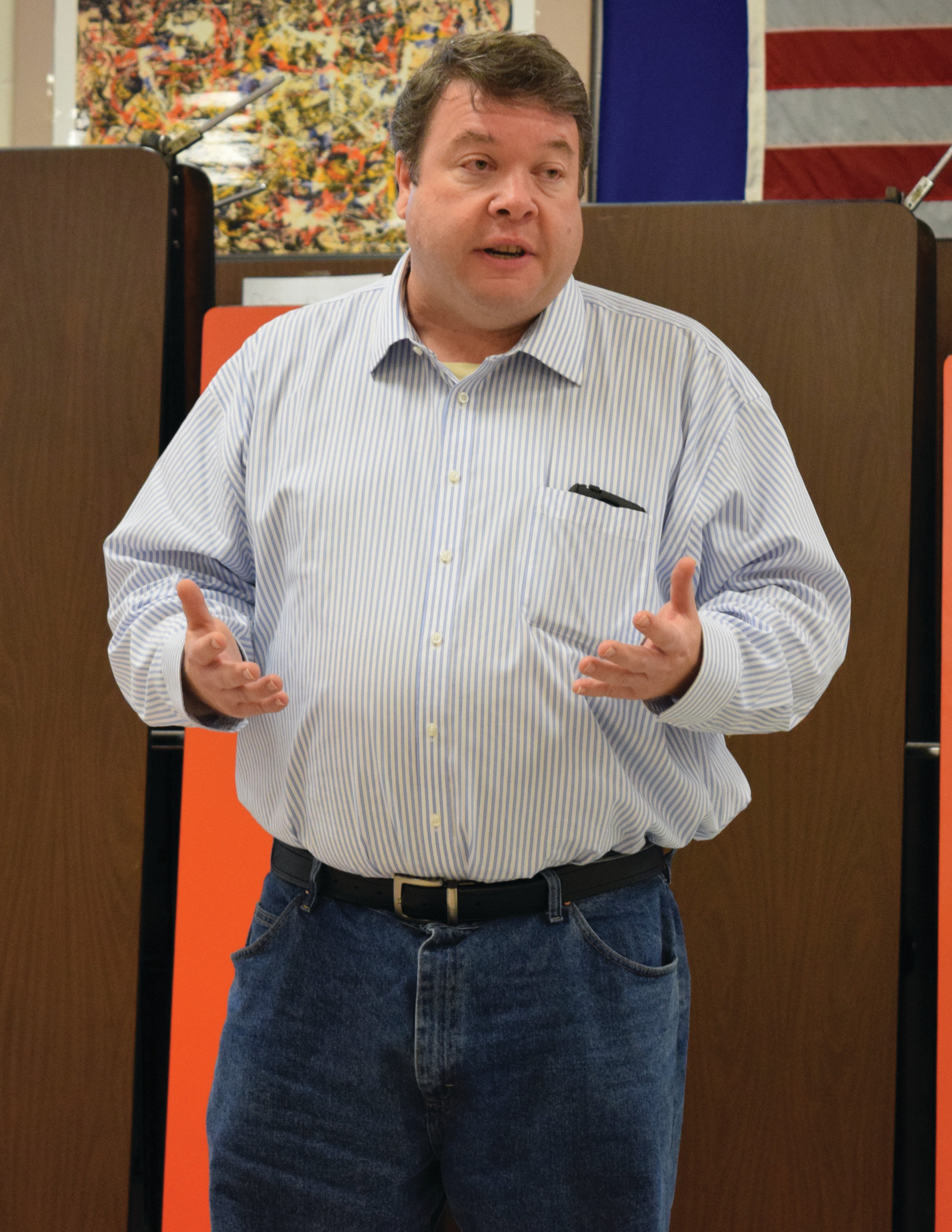 TAKING SUGGESTIONS: Ward 1 School Committee representative Jeff Gale spoke to the parent-teacher board last Tuesday.