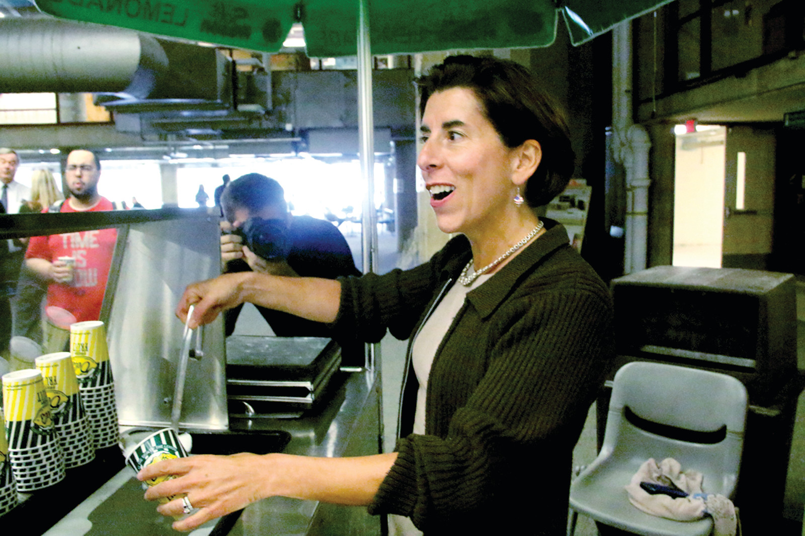 LATEST SCOOP: Governor Raimondo serves Del's to CCRI students Monday.